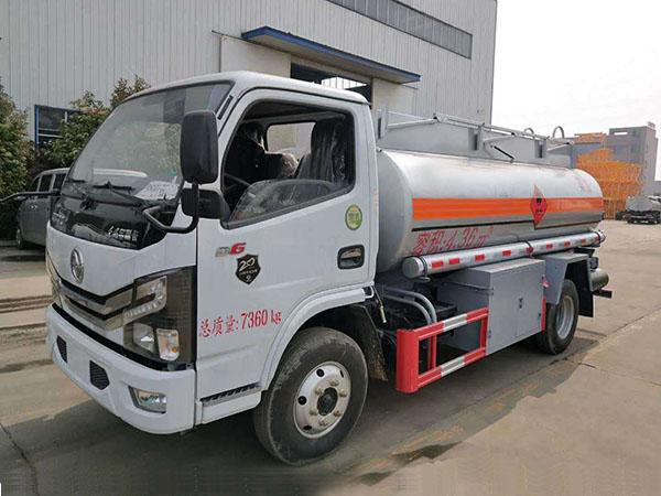 Dongfeng Duolika 5 Tonnellata di camion cisterna